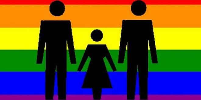 """""""VOGLIO LA MAMMA!"""" COPPIA DI PADRI GAY IN TILT"""